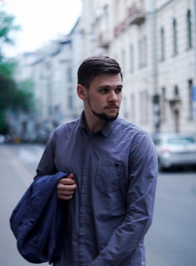 Максим Кирсанов