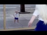 В детство нельзя вернуться — в него можно только впасть!
