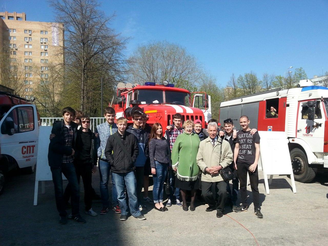 Будущие пожарные приняли участие в принятии присяги молодыми бойцами пожарной охраны