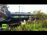 В Индии с рельсов сошел пассажирский поезд, пострадали 20 человек