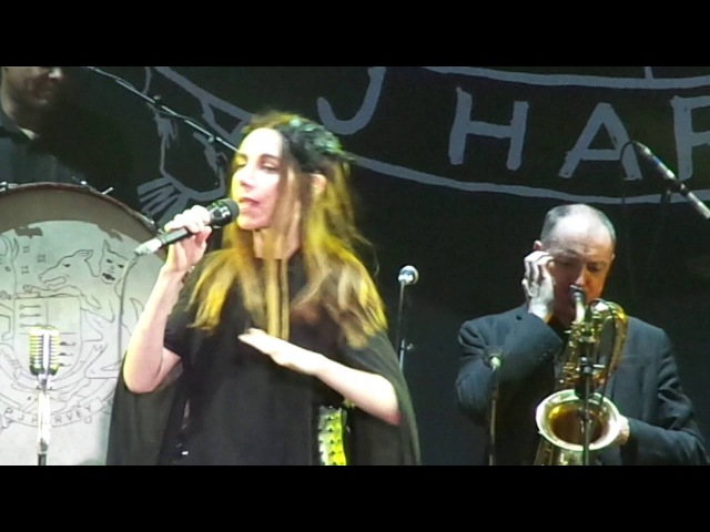 PJ Harvey - A Perfect Day, Elise. live @Release Athens 2016