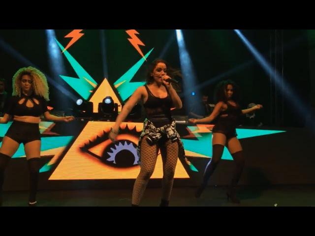 Simbolismo Illuminati nos Shows de Anitta