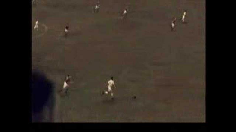 O gol mais bonito de Pelé - Juventus 2 x 4 Santos