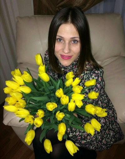 Анна Топорищева