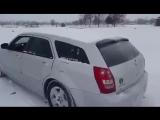 Как правильно чистить автомобиль от снега
