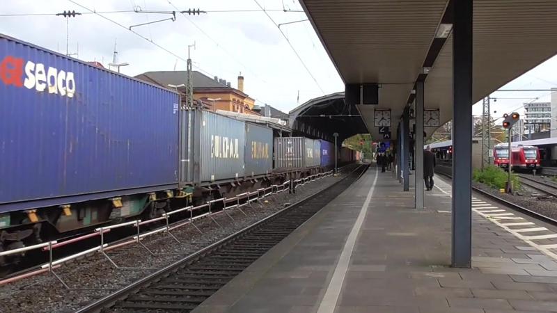 Crossrail 185 602 komt met een containershuttle door Bonn Hauptbahnhof !