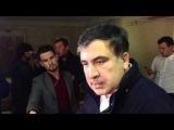 Аваков  Саакашвили. Плеснул водой, пообзывал, фаталити - обвинил в коррупции.