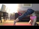 Это упражнение из йоги поможет взбодриться не только вам, но и вашим котам!