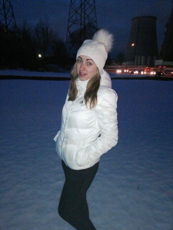 Елена Лукеча |