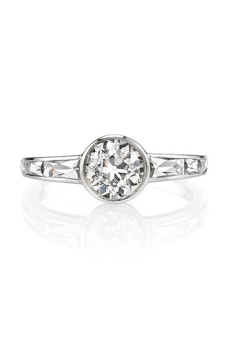 C9N4fTZAsZY - Обручальные кольца с бриллиантами круглой огранки (60 фото)