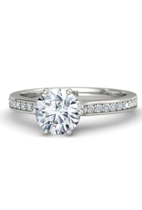 CRRvi CCn3U - Обручальные кольца с бриллиантами круглой огранки (60 фото)