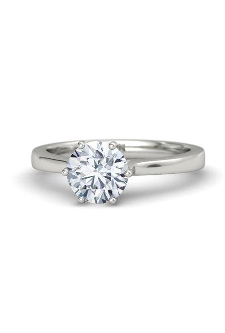 T8Wq5El9OV4 - Обручальные кольца с бриллиантами круглой огранки (60 фото)