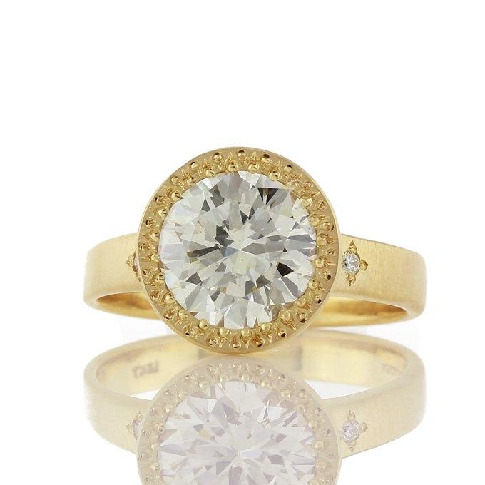 6S35U0SGJ1g - Обручальные кольца с бриллиантами круглой огранки (60 фото)