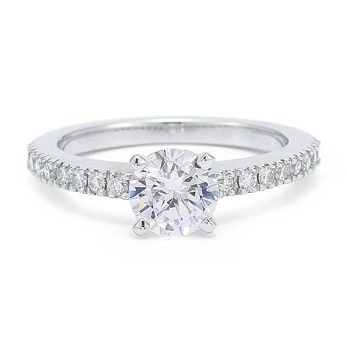 26Cc1Z1WANc - Обручальные кольца с бриллиантами круглой огранки (60 фото)