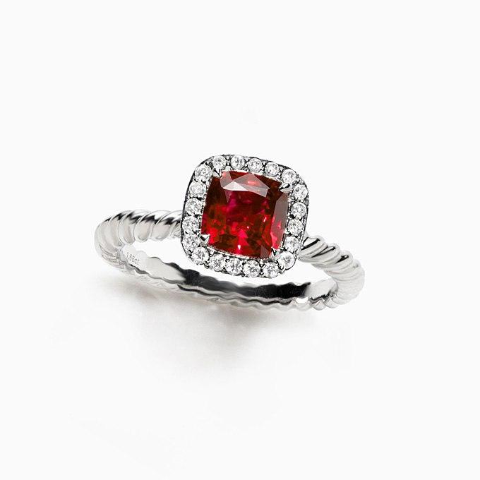 qREcawlheK4 - Обручальные рубиновые кольца (25 фото)