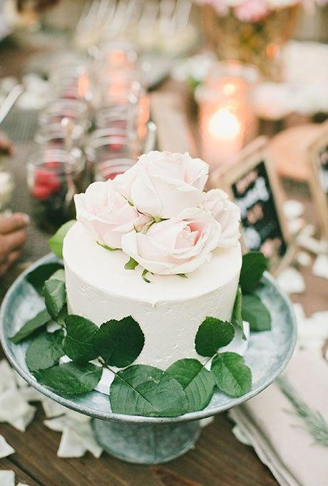 bTc8dWt7E1s - 44 Свадебных торта, украшенных цветами