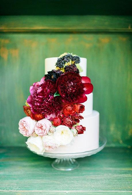 oVjzt3cm2fI - 44 Свадебных торта, украшенных цветами