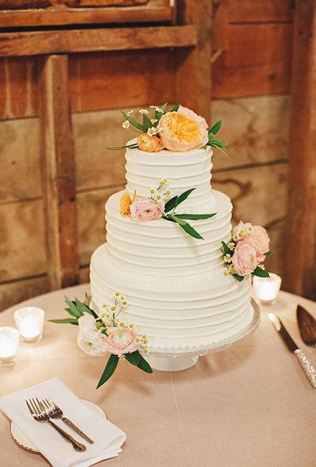 xoXJMUkyX94 - 44 Свадебных торта, украшенных цветами