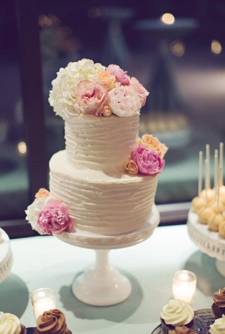 Fiy5ad73GoA - 44 Свадебных торта, украшенных цветами