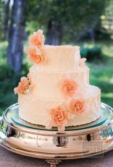 apC8CWwPYEA - 44 Свадебных торта, украшенных цветами