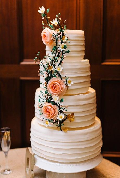 HuBi53F03iY - 44 Свадебных торта, украшенных цветами