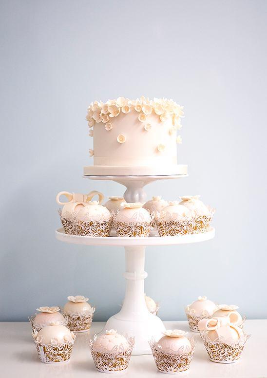 OOQ54 yLqLs - 28 Гламурных свадебных тортов