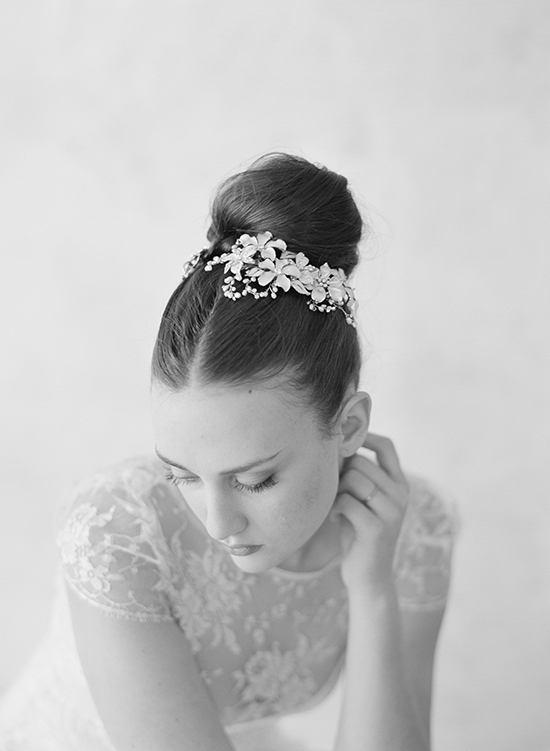 LWxF0YqbdMM - 50 Свадебных платьев и аксессуаров 2016