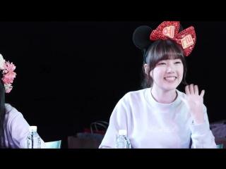 150215 신촌 여자친구 팬사인회 예린 (1)