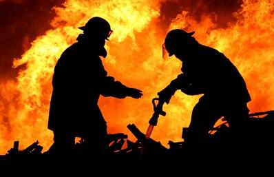 В станице Кардоникской сгорело 190 рулонов сена