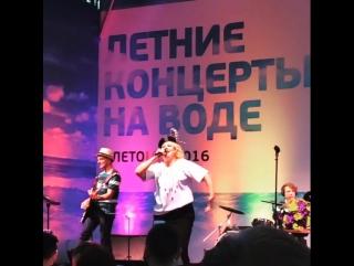 Ева Польна — Молчание // Мало // Беги от меня (Live @ «Shore House»)