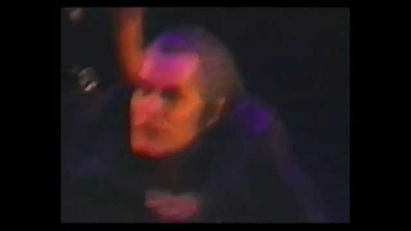 Steve Barton's final curtain call - December 2000