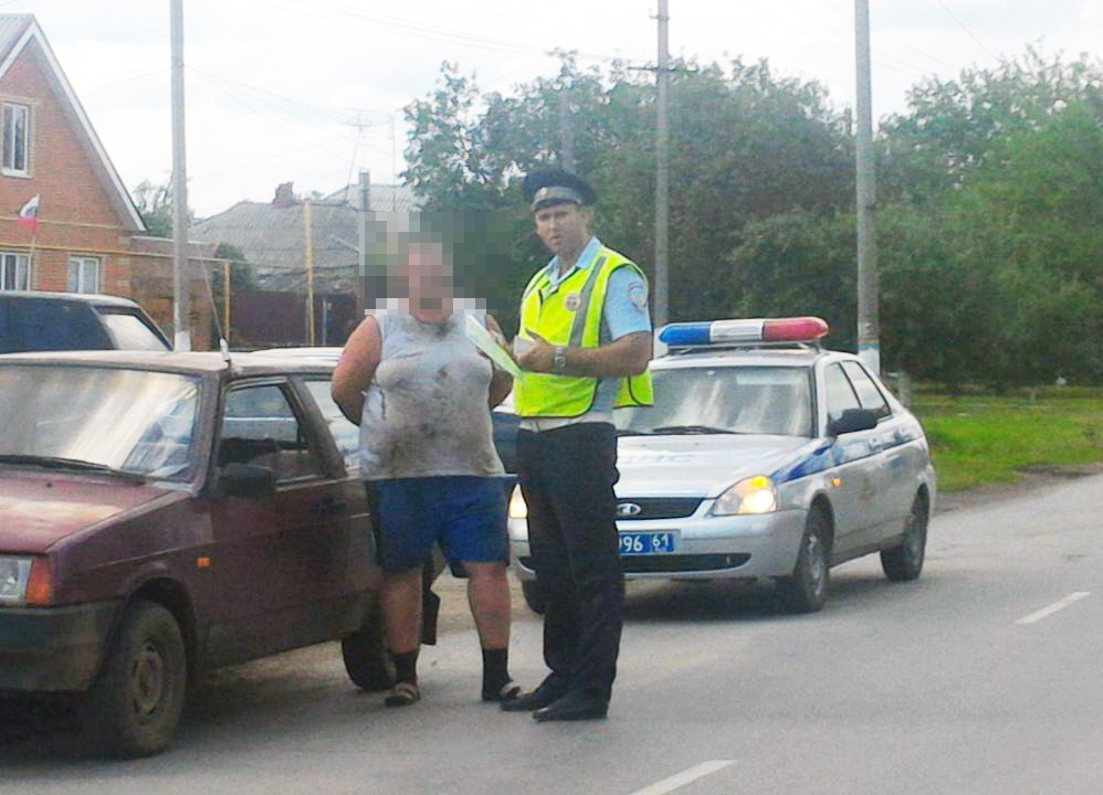 Под Таганрогом злостный нарушитель был арестован на 7 суток за неуплату штрафов