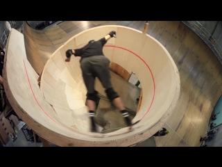 Горизонтальная петля на скейтборде (впервые в истории)
