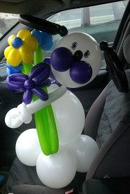 Букеты и цветы от 0,75 руб./цветок. + игрушки, фигурки и цифры из шаров