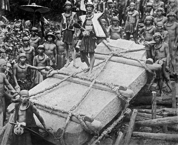 Мегалиты Индонезии