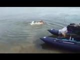 Вот это рыбалка поймал рыбу на свой член Смешно до боли !