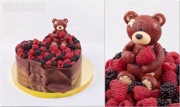 """Торт в виде лукошка с малиной и ежевикой """"Мишка в ягодах"""", 3 кг cake"""