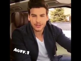 красивый обаятельный турок поет в машине. такой милашка! (парень: Mustafa Mert Koc  песня: Tarkan - Op)