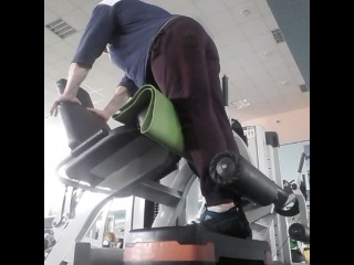 """Антон Костин on Instagram: """"Сегодня была тренировка бицепса бедра. Перед тяжелыми упражнениями решил предварительно утомить целевую группу мышц (биц. бедра). Для…"""""""