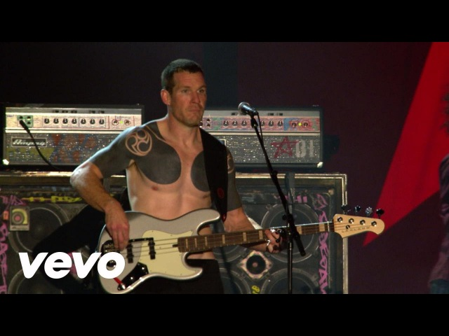 Rage Against The Machine - Killing In The Name - Live At Finsbury Park, London 2010