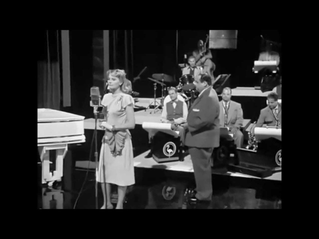 Cybill Shepherd - Blue Moon I Told Ya I Love Ya, Now Get Out
