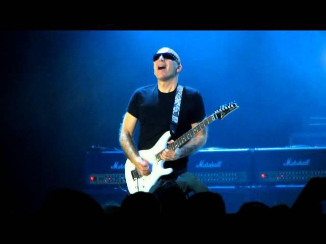 G3 - Joe Satriani - Crystal Planet (05.08.2012, Crocus City Hall, Moscow, Russia)