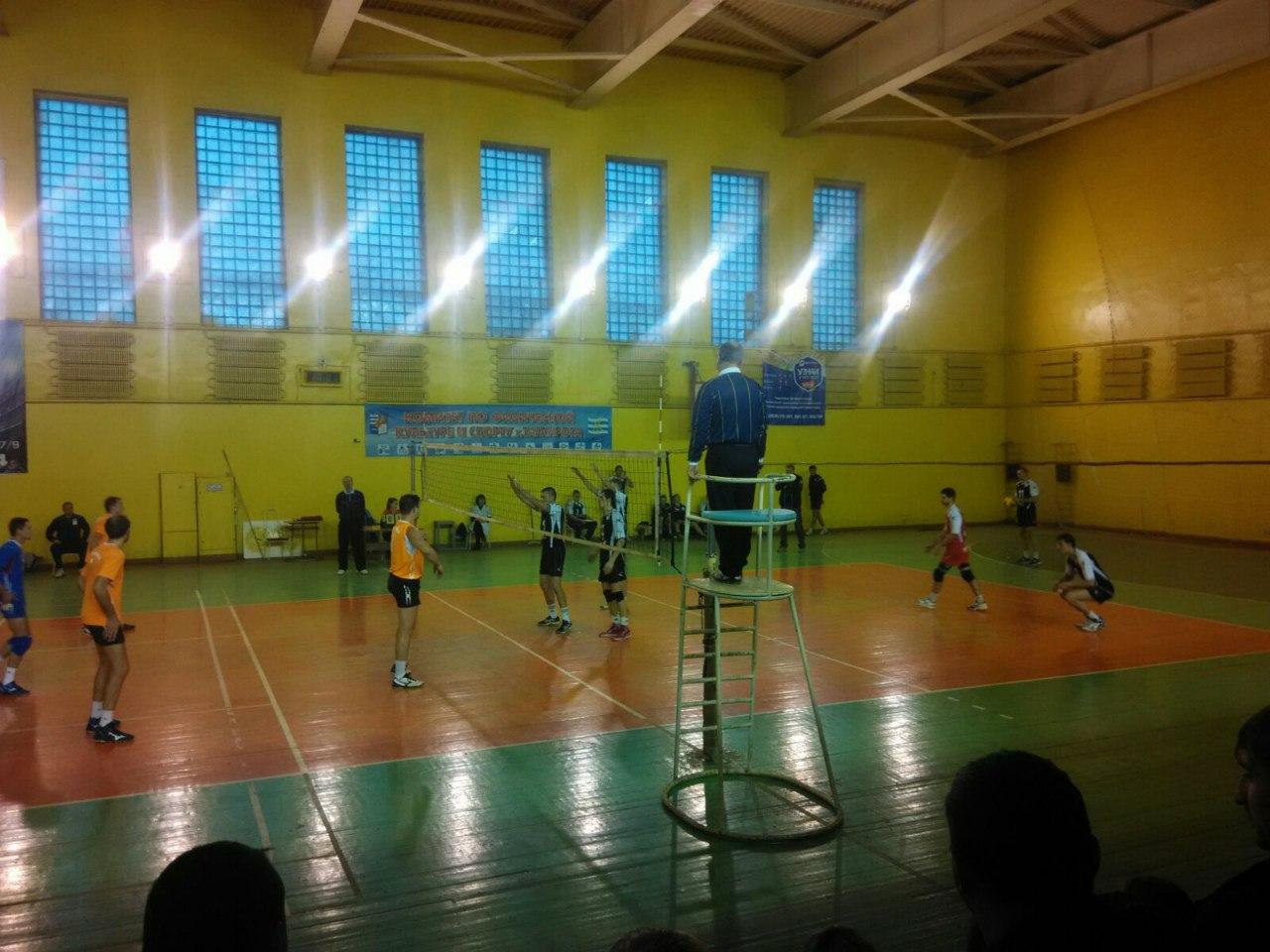 В Таганроге состоялся Кубок Ростовской области по волейболу среди мужских команд