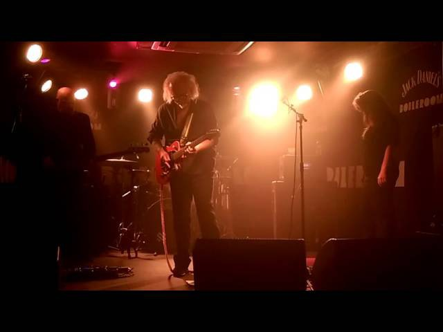 REEVES GABRELS HiS iMAGiNARY FR13NDS featuring Lisa Ronson