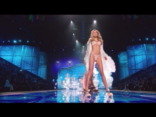 Taylor Swift - Blank Space (The Victorias Secret Fashion Show 2014)