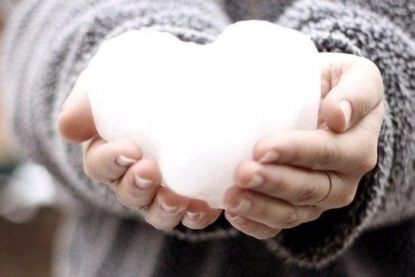 5 способов защитить кожу рук от сухости в мороз