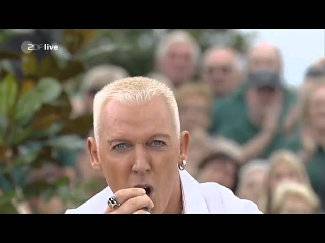Scooter - Jadore Hardcore (Live At ZDF Fernsehgarten) 13.09.2009