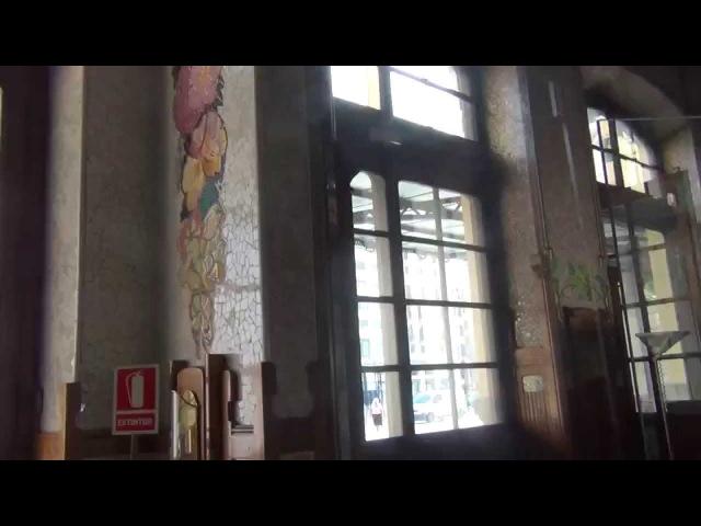Испания Валенсия Красивый железнодорожный вокзал del Nord Valencia