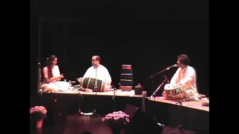 Anindo Chatterjee Trichy Sankaran Tabla Mridangam duet Toronto 2002
