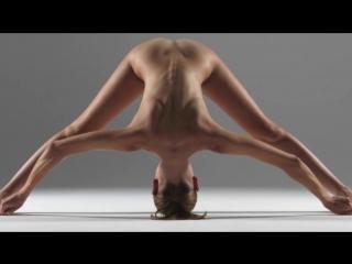 Голая супер йога не порно ,не эротика,не секс